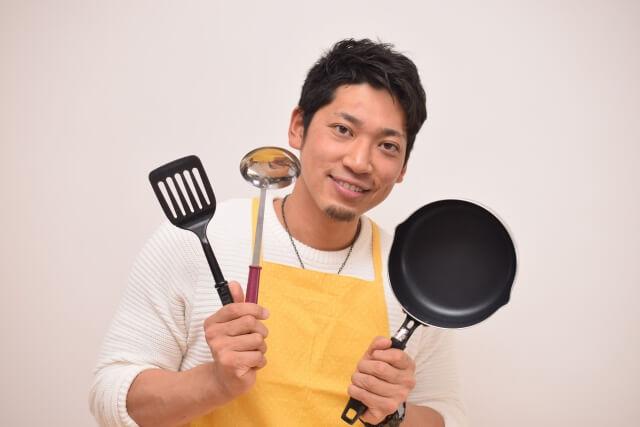 料理を始める主夫